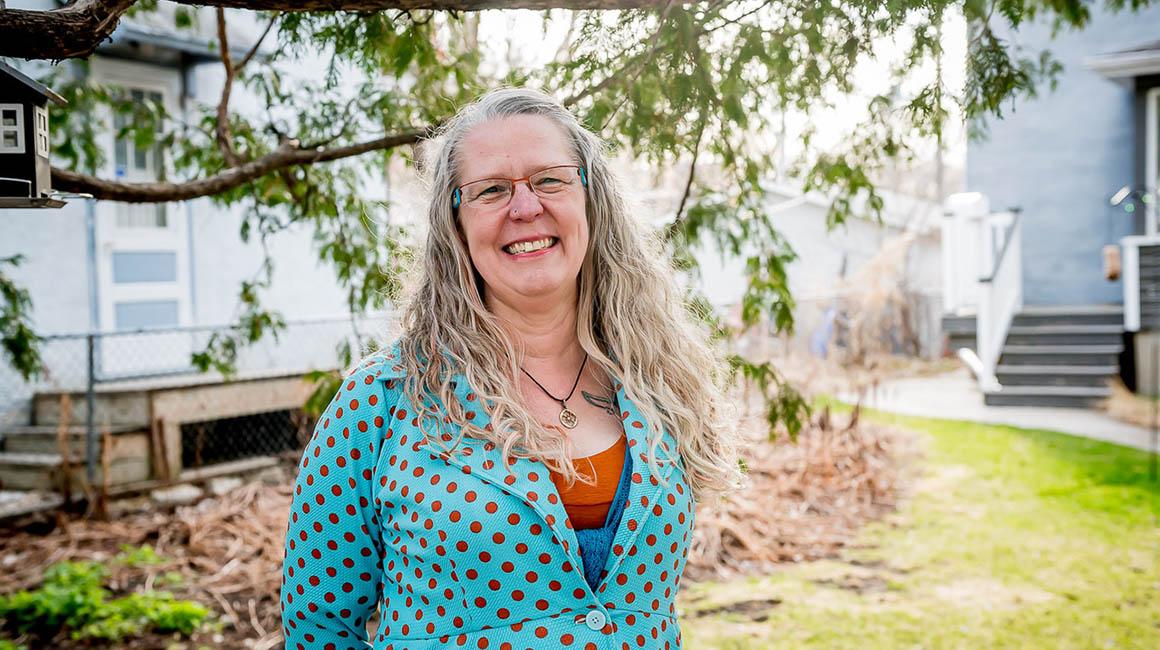 Tanya Sandhurst, Pharmacist